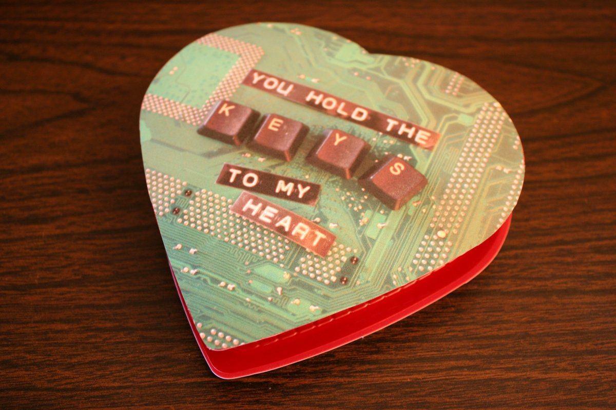 13 Valentine S Gifts Perfect For The Geek In Your Life